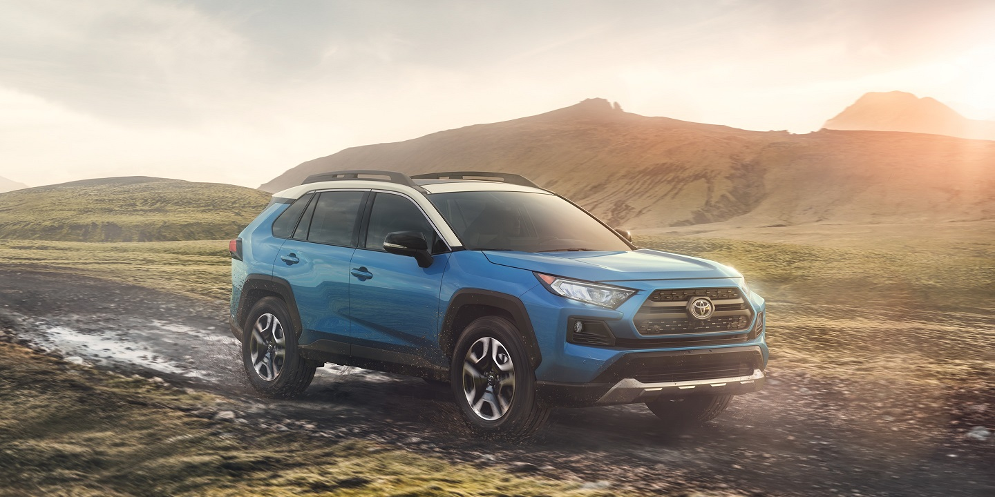 2019 Toyota RAV4 vs 2019 Jeep Cherokee near Glen Mills, PA