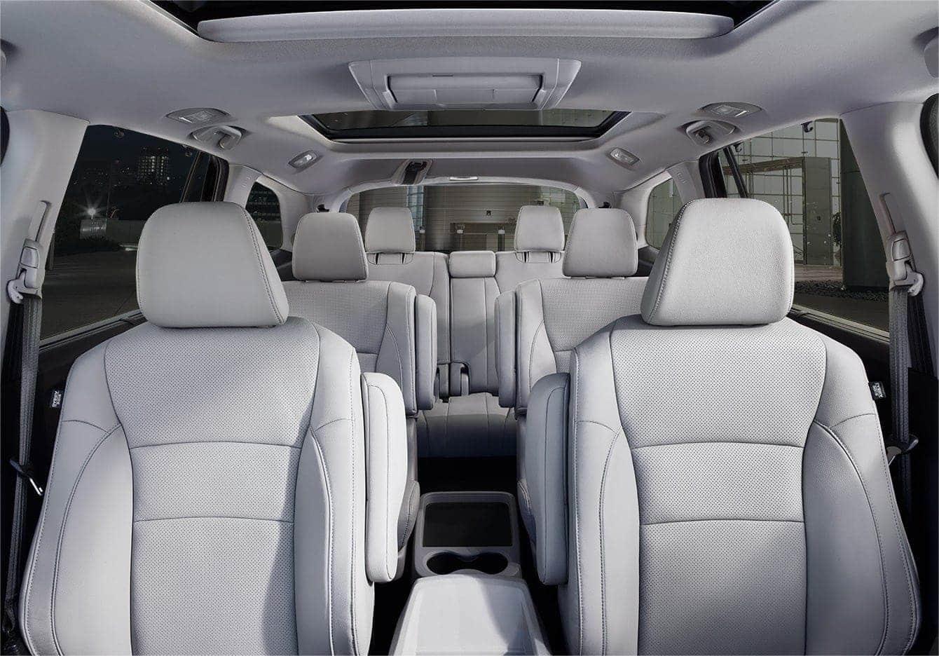 La Honda Pilot 2019 tiene espacio para muchos pasajeros.