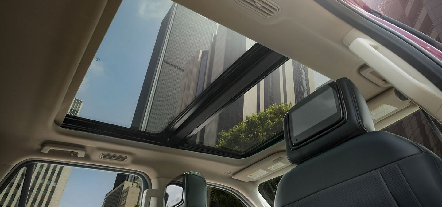 The 2019 Expedition's Stunning Sunroof