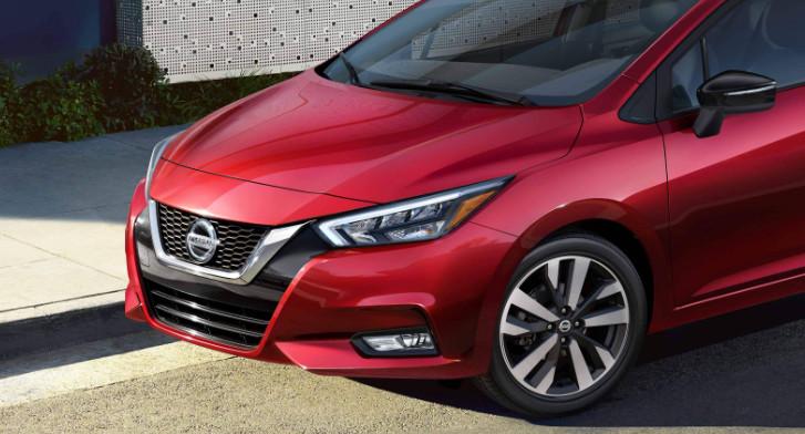 2020 Nissan Versa exterior