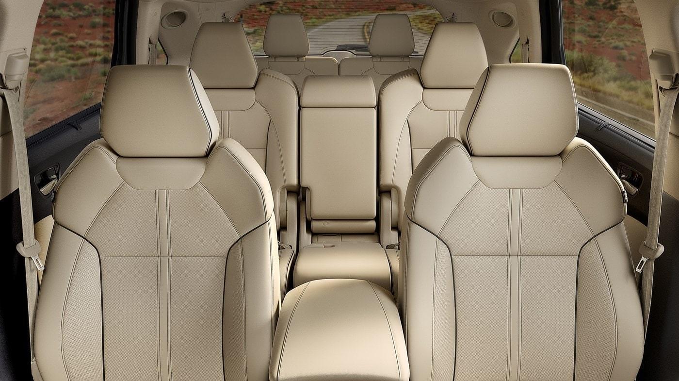 ¡Mira este interior! Una vez que tengas tu MDX, querrás salir de viaje todo el tiempo.