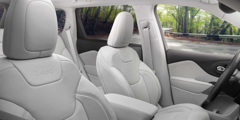 2020 Cherokee Front Seats