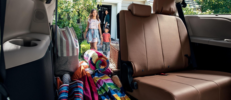 2020 Toyota Sienna Family Car