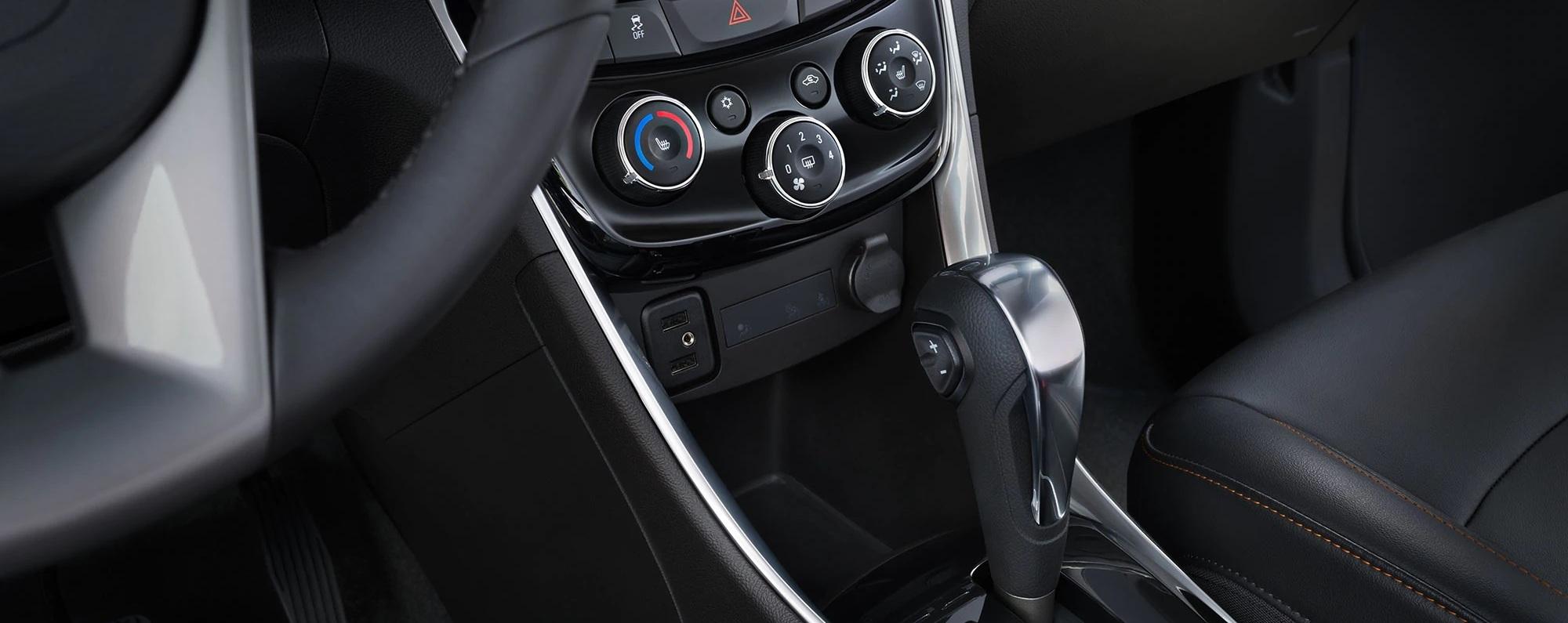 2020 Chevrolet Trax Center Stack