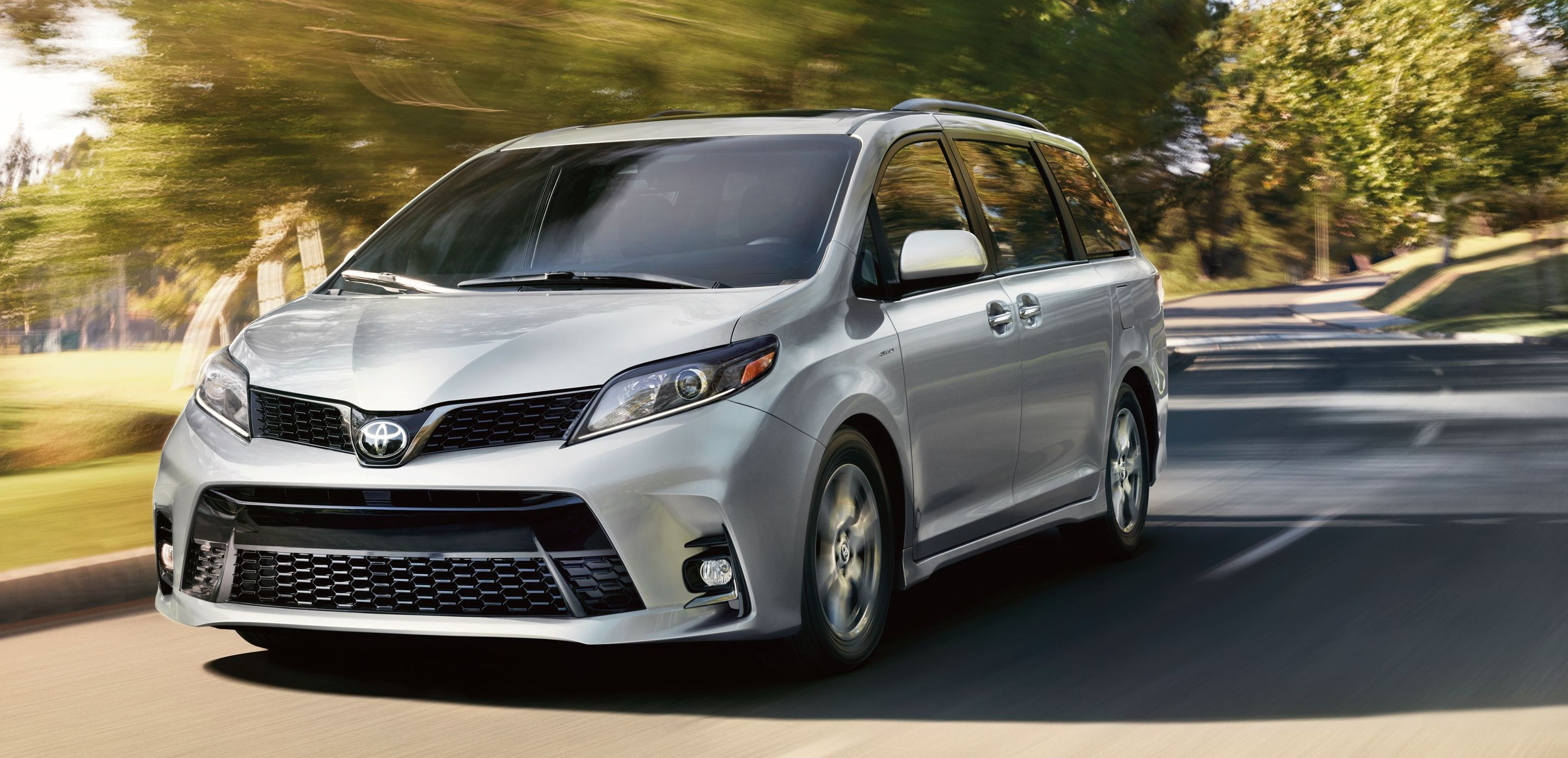 2020 Toyota Sienna Financing near Queens, NY