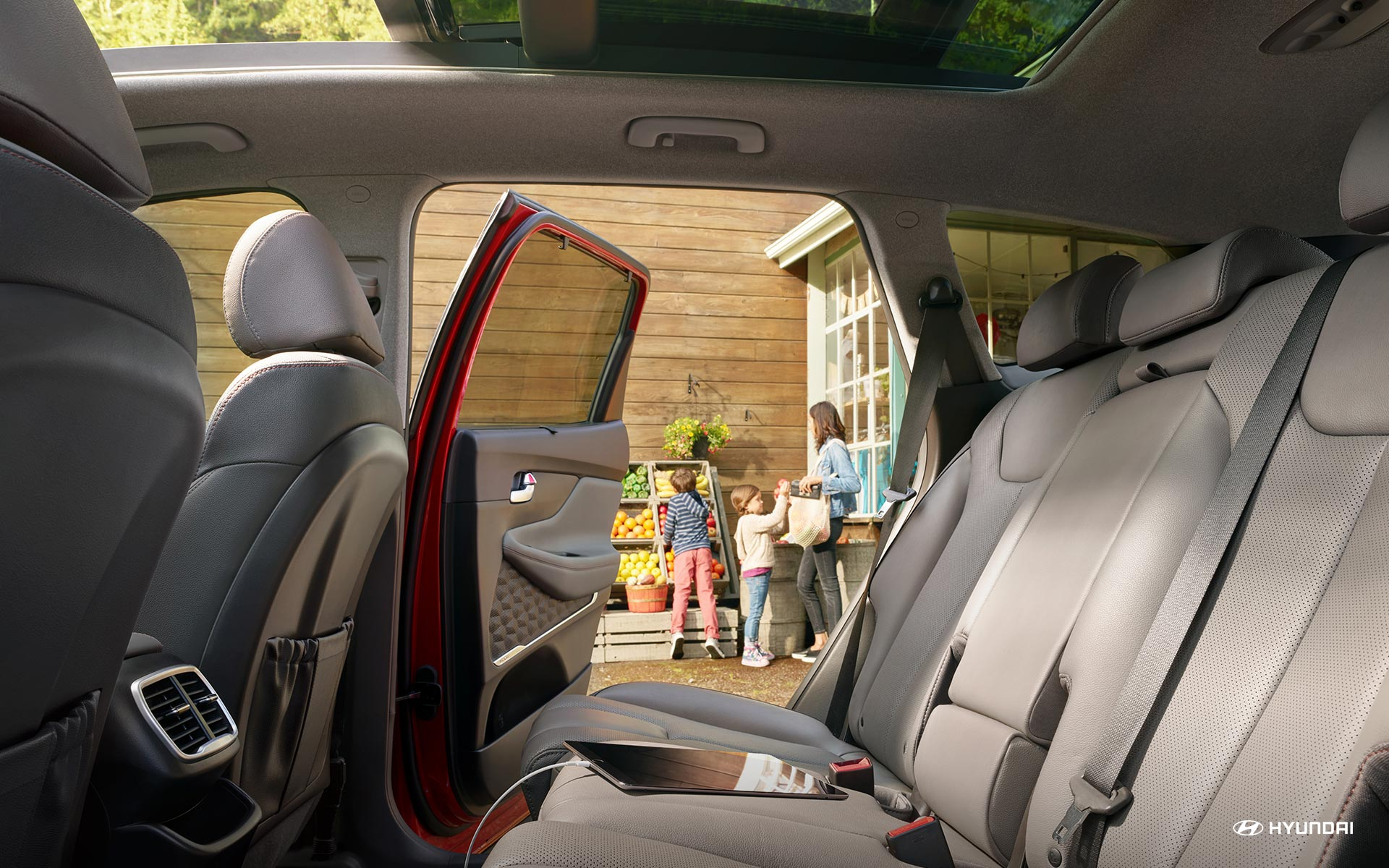 Spacious Seating in the 2020 Hyundai Santa Fe