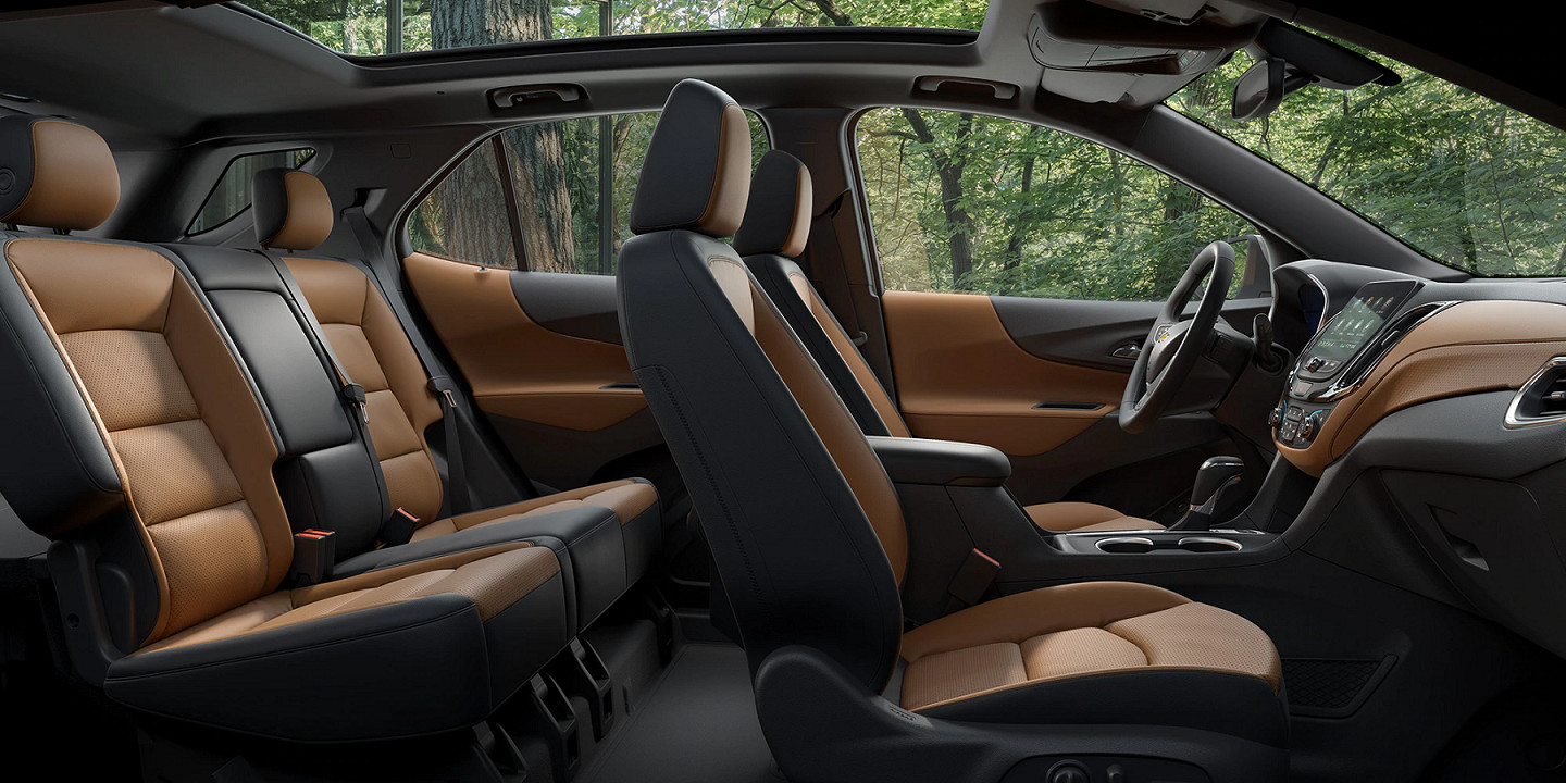 Accommodating Interior of the 2020 Equinox