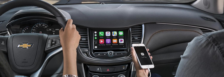 Apple CarPlay™ in the 2020 Trax