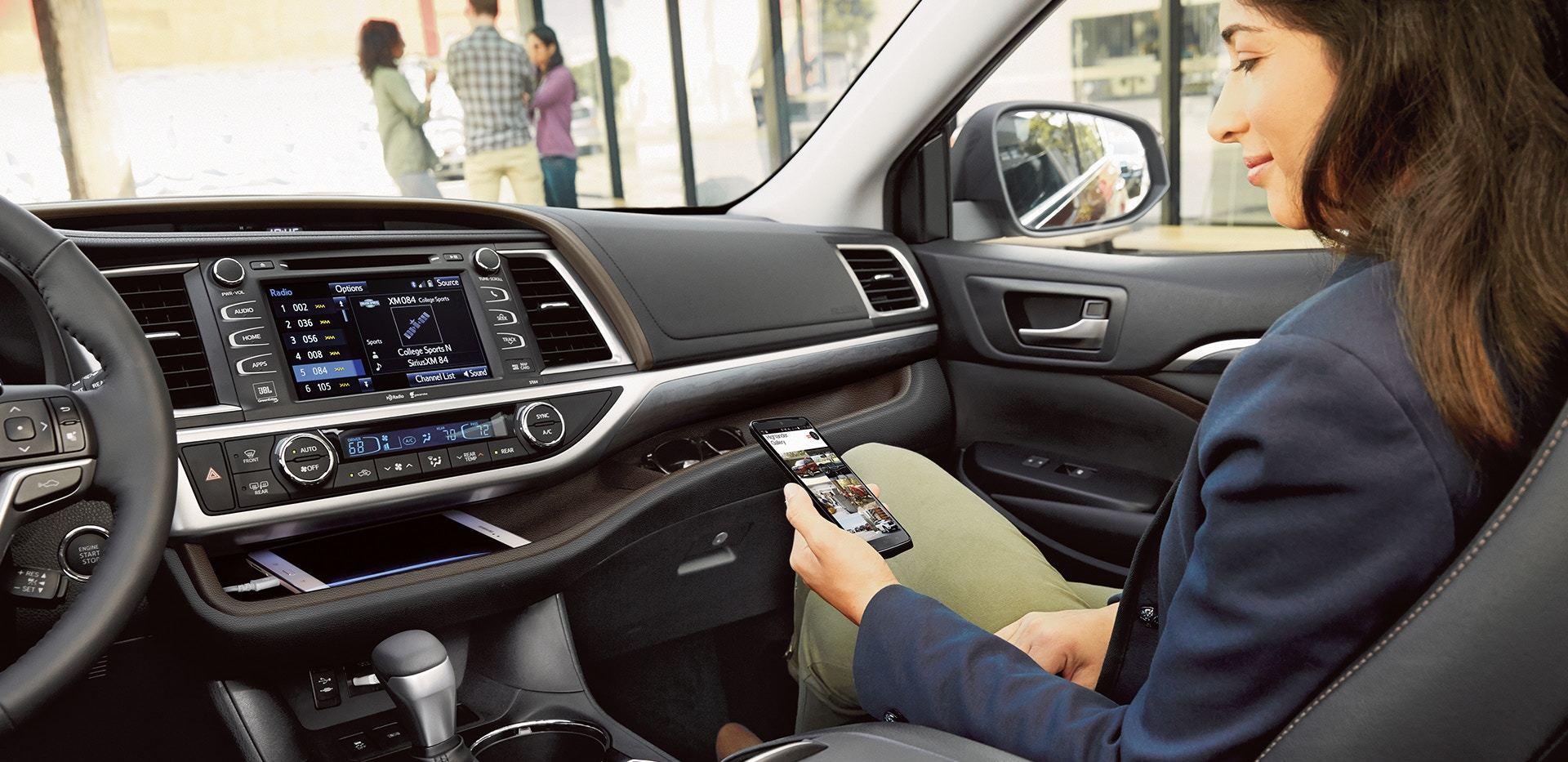 2019 Toyota Highlander Dashboard