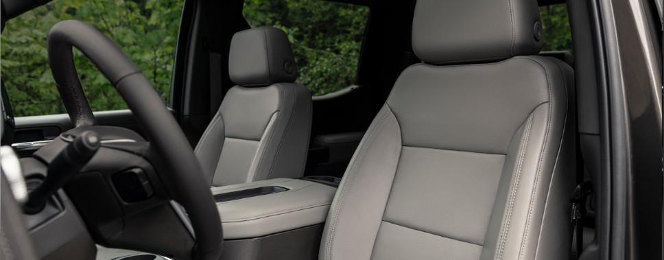 Interior of the 2019 GMC Sierra 1500