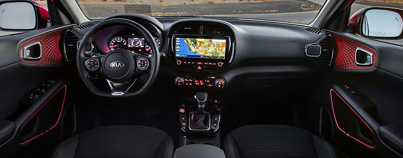 2020 Kia Soul Front Dashboard with Map
