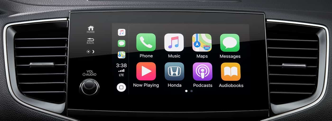 Apple CarPlay™ in the 2020 Pilot