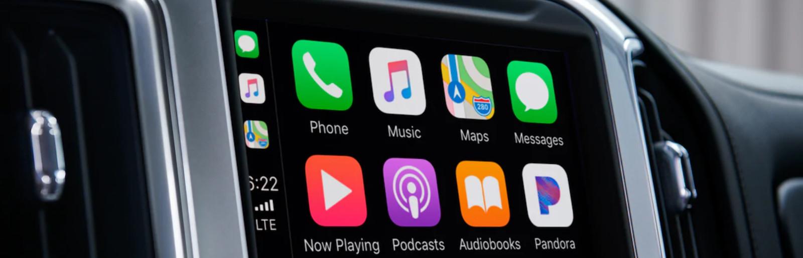 Standard Apple CarPlay™ in the 2020 Silverado 1500