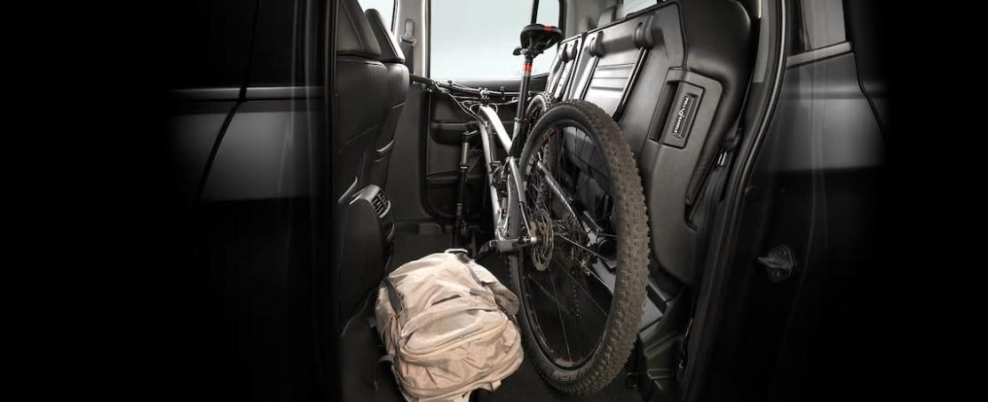 Tienes mucho espacio de carga en el interior.
