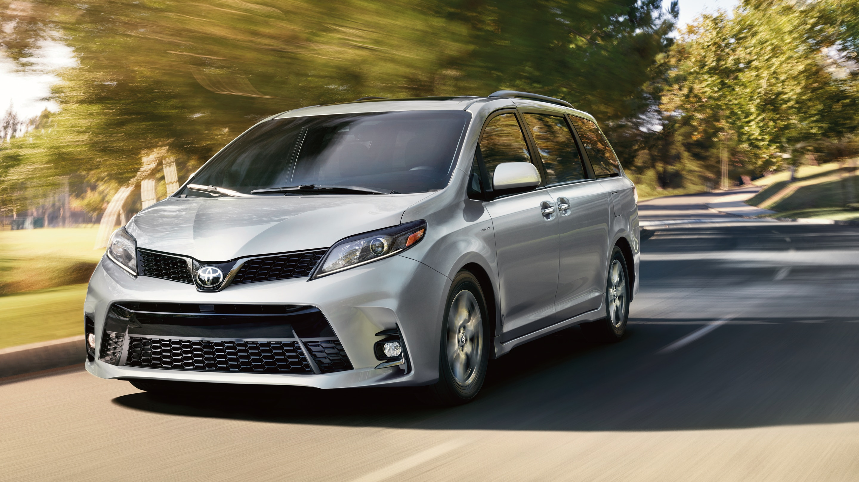 2020 Toyota Sienna Financing near Elmhurst, IL