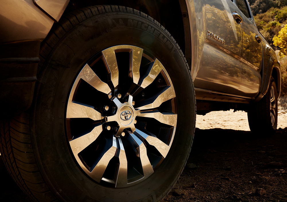 Model Features of the 2020 Toyota Tacoma at Tri County Toyota in Royersford   The tires of the 2020 Tacoma