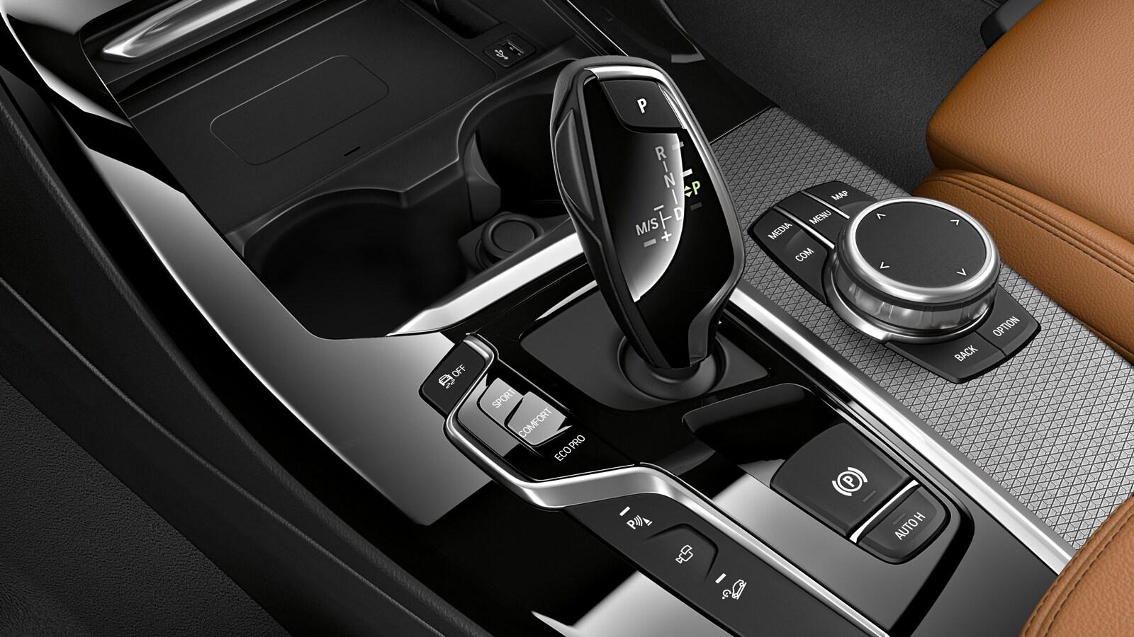 2020 BMW X3 Center Console