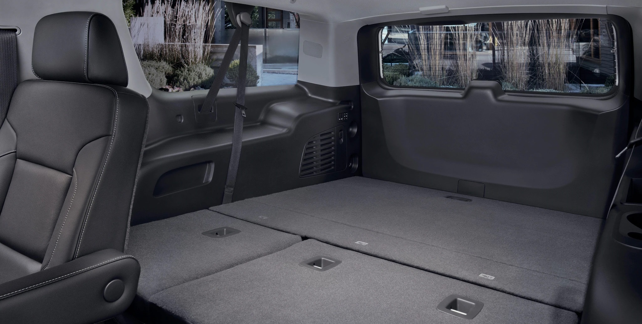 Cavernous Cargo Capacity in the 2020 GMC Yukon XL!