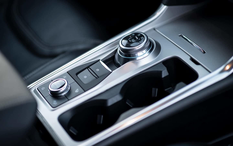 2020 Ford Explorer Driving Controls