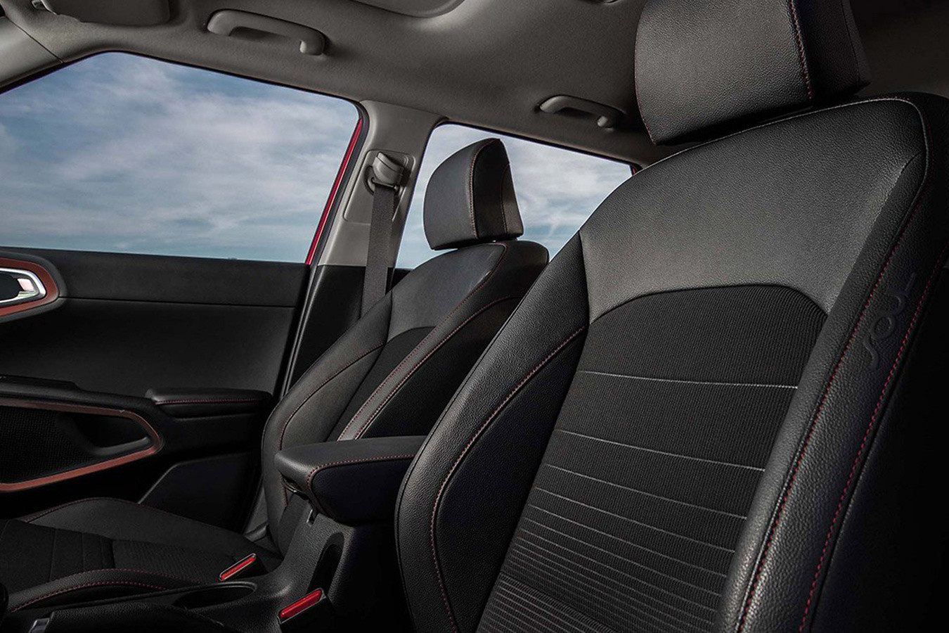 Front Seats in the 2020 Kia Soul