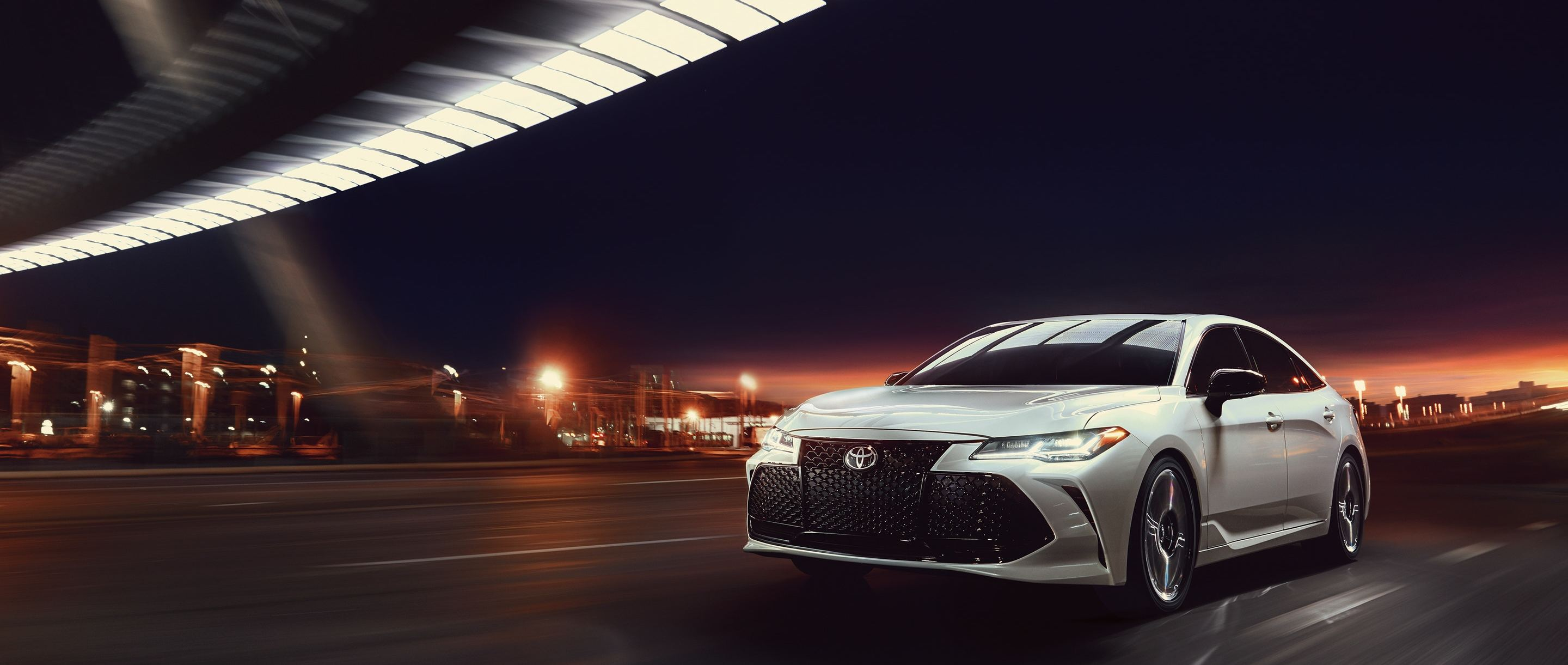 2020 Toyota Avalon Lease near Leawood, KS, 64804