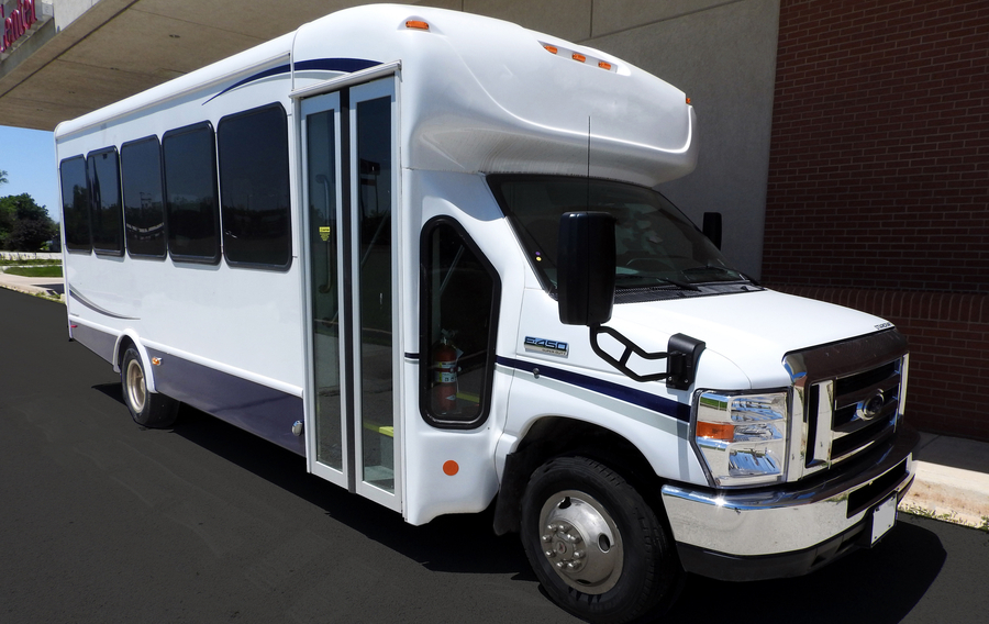 Church Shuttle Buses for Sale in Kankakee, IL
