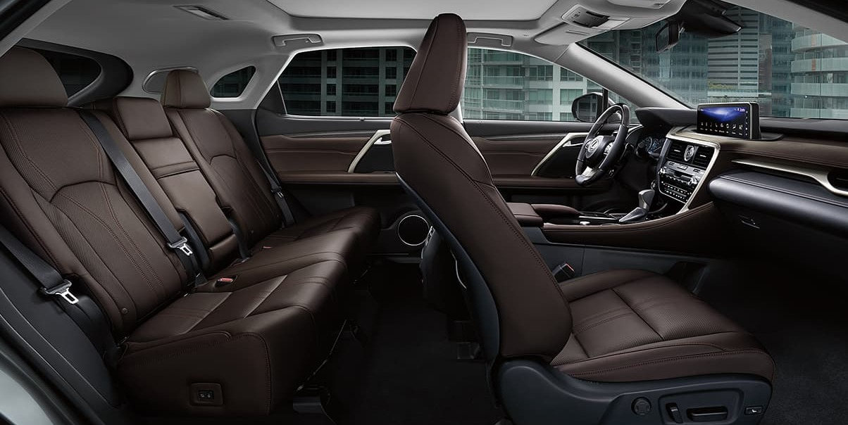 Interior of the 2020 RX 350
