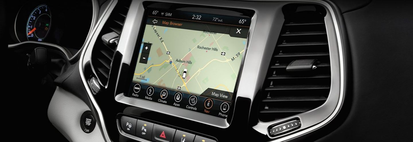 Stay Informed in the 2020 Jeep Cherokee