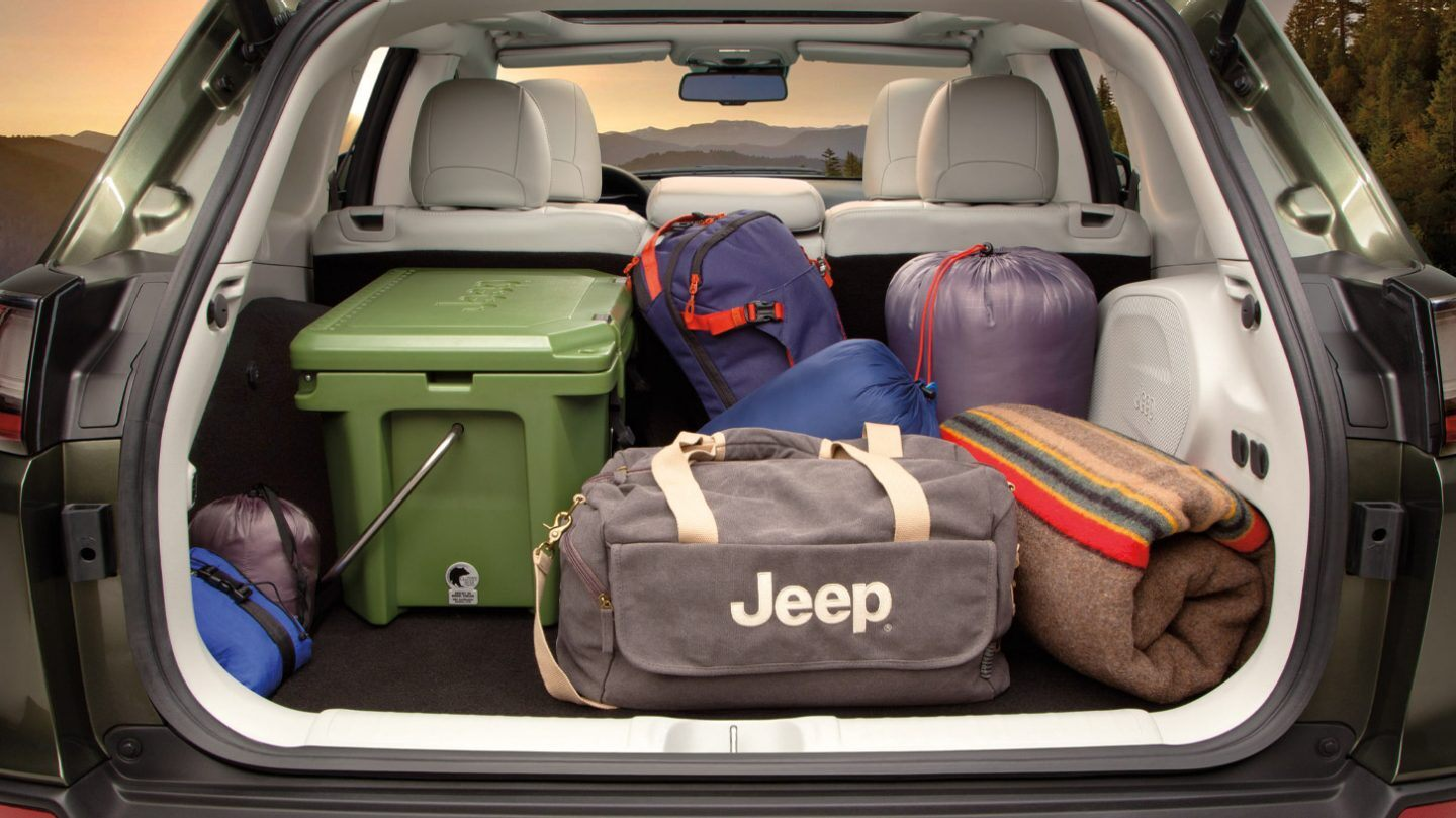 Ample Storage in the 2020 Jeep Cherokee