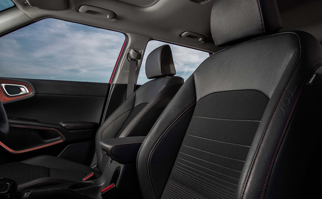Front Seat in the 2020 Soul