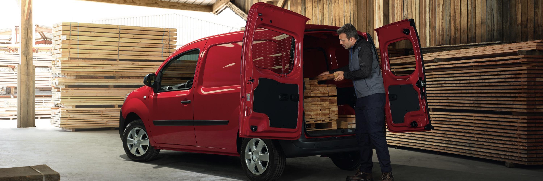 Nissan NV250 achterdeur inladen | Aben en van de Schelde
