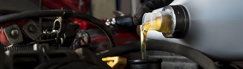 Oil Change Service in Des Moines, IA