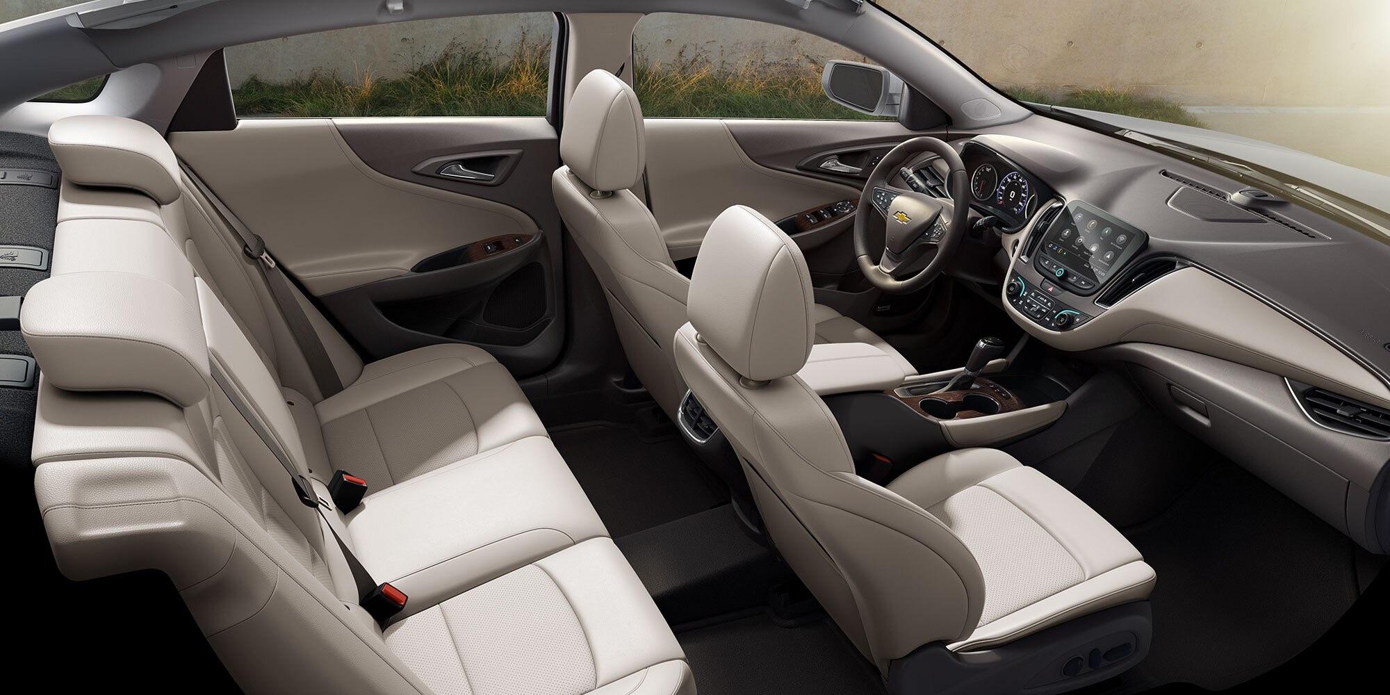 Interior del Chevrolet Malibu 2020