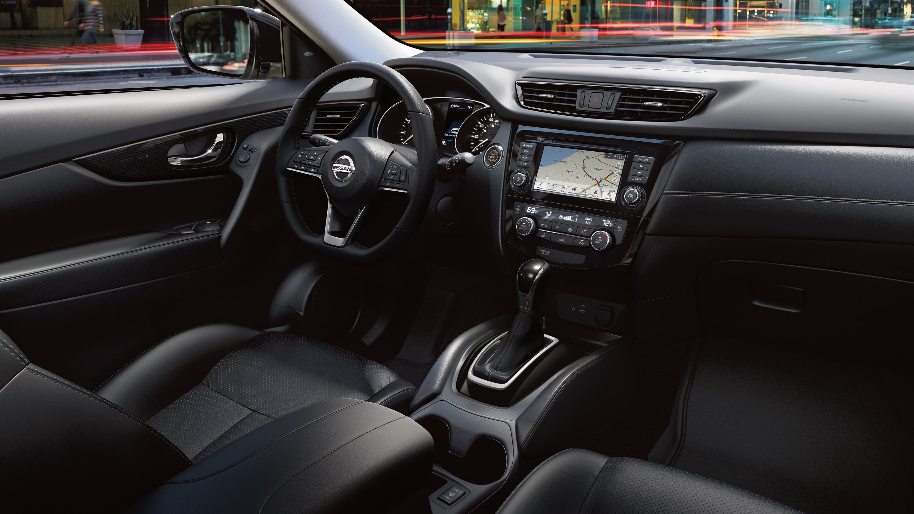 Interior of the 2020 Rogue
