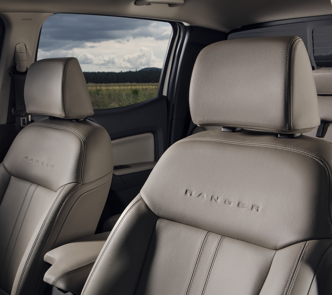 2019 Ford Ranger Front Seats