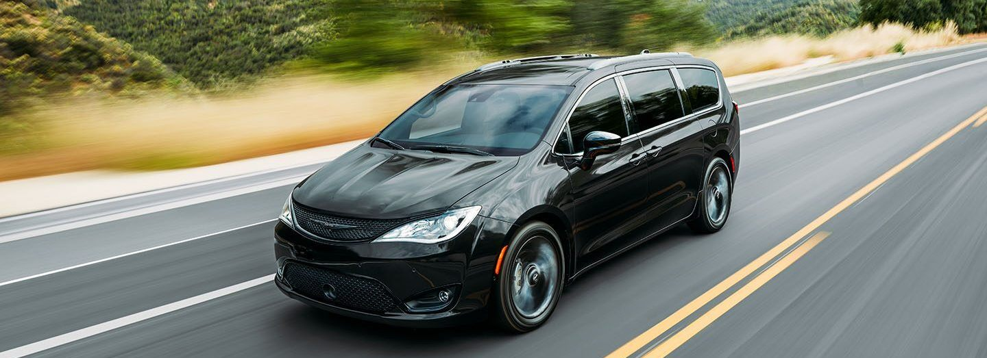 2020 Chrysler Pacifica Lease near Fort Lee, NJ
