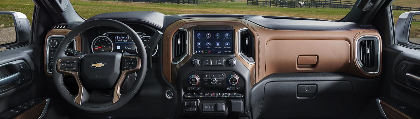 2020 Chevrolet Silverado 1500 Cockpit