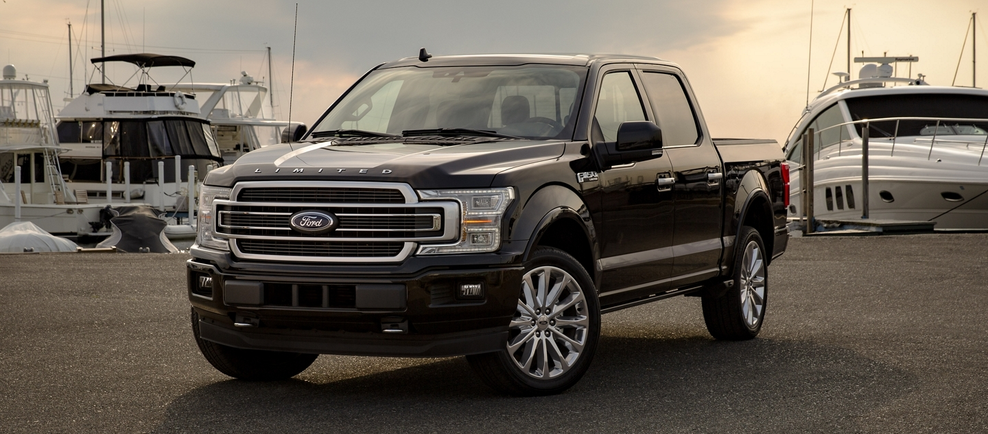 2020 Ford F-150 vs 2020 Ram 1500 near Orland Park, IL