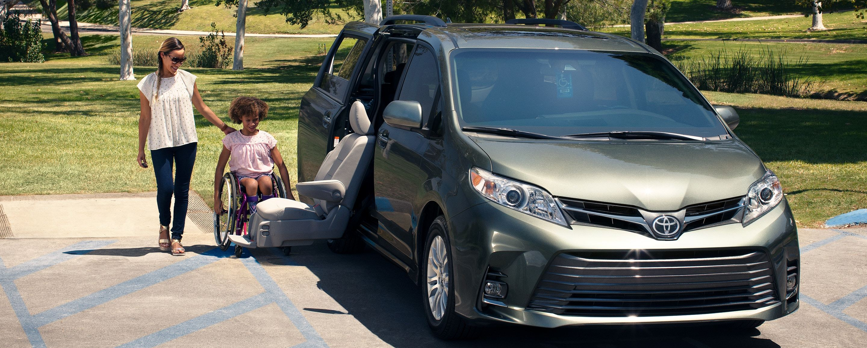 2020 Toyota Sienna for Sale in Jamaica, NY