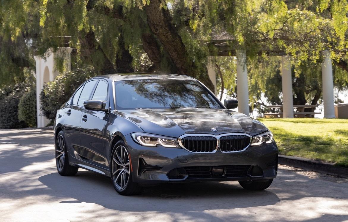 BMW 3 Series Engine Specs vs Cadillac CT5