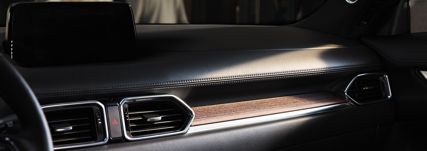 2020 Mazda CX-5 Signature Wood-Layered Trim
