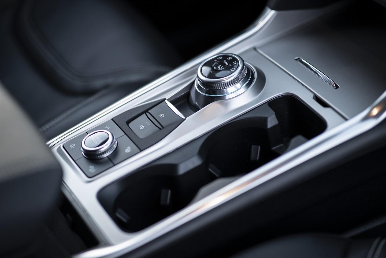 2020 Ford Explorer Gear Shifter