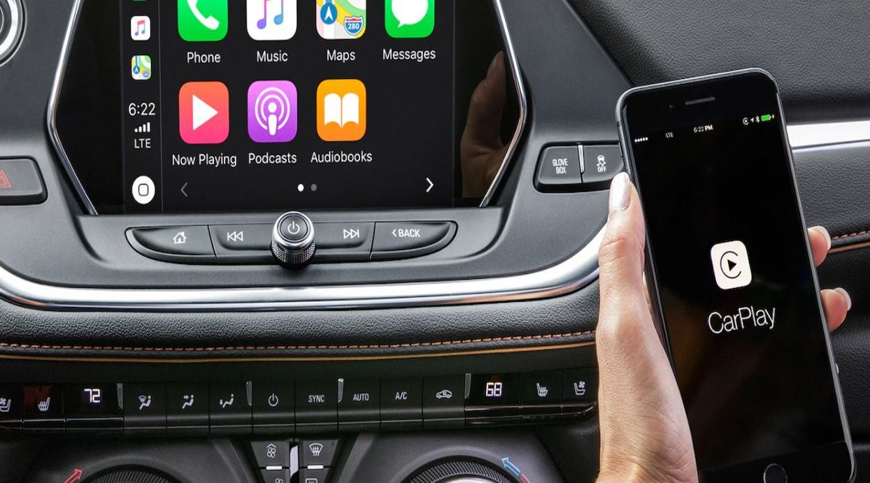 Apple CarPlay® in the 2020 Blazer