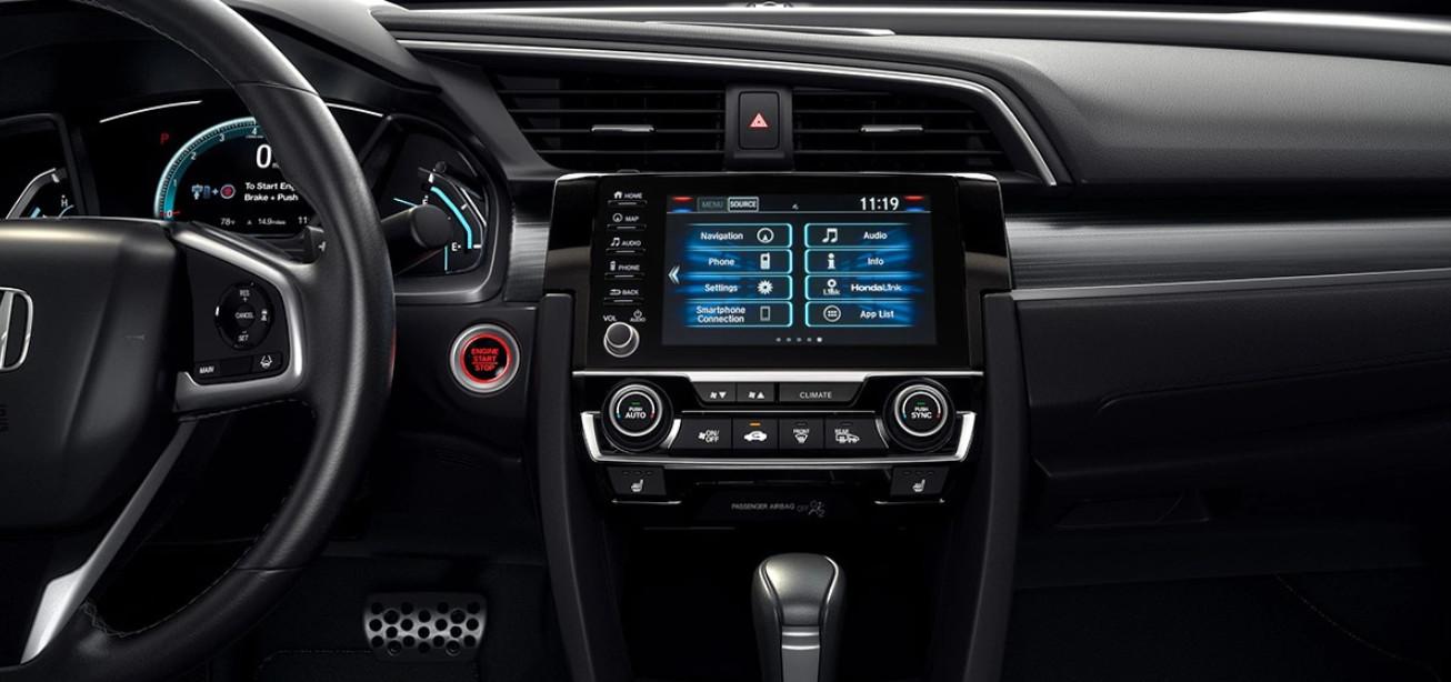 2020 Honda Civic Cockpit