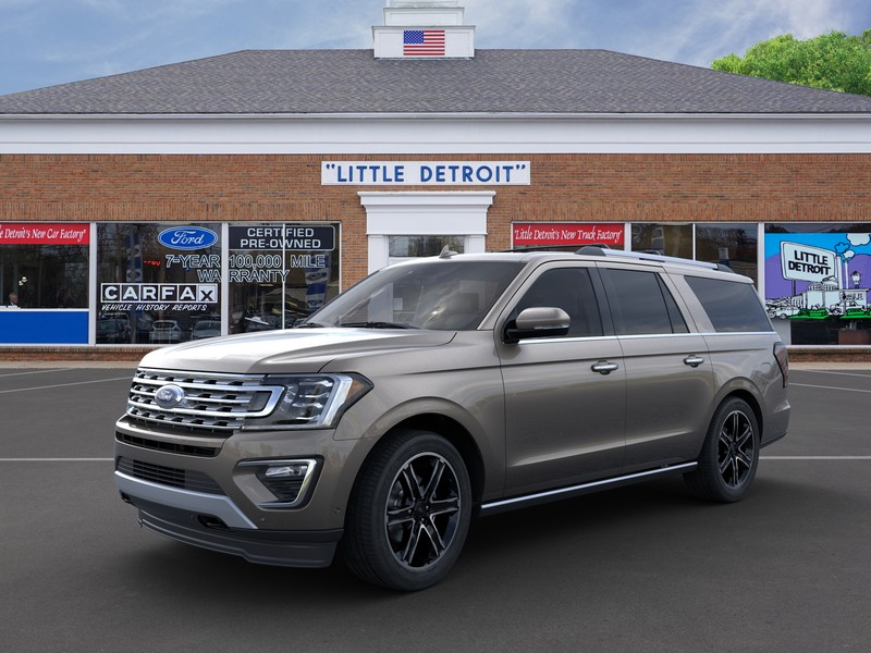 Picture of gray Ford Expedition SUV in front of car dealership Waikem Fordin Massillon, OH