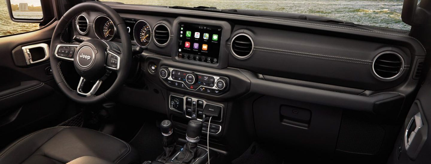2020 Jeep Gladiator Available Uconnect® 4C
