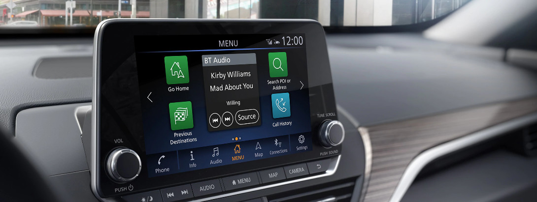 2020 Nissan Altima 8-inch Touch-Screen Display