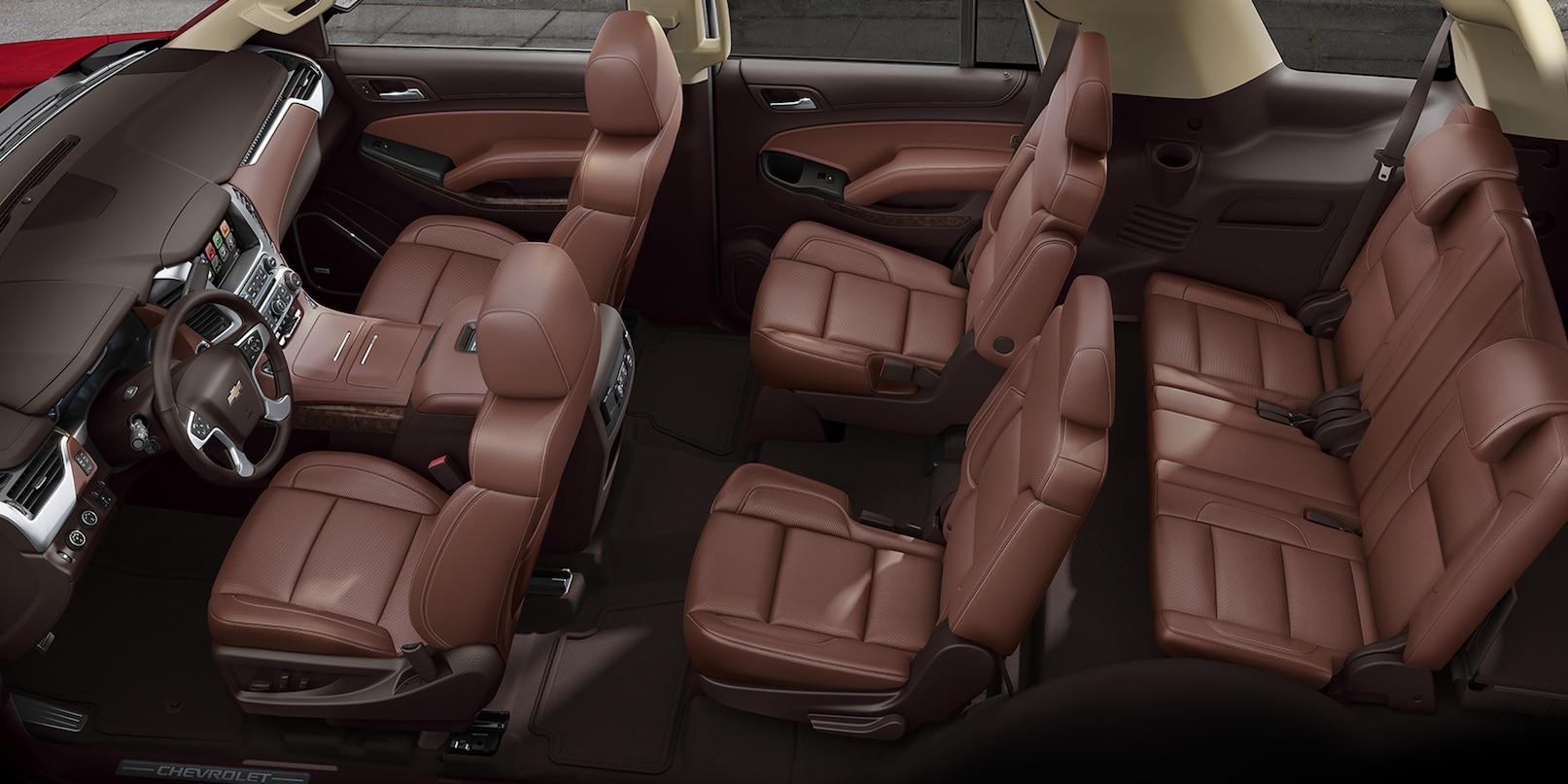 Con los asientos tipo butaca en la segunda fila le sumas mucha sofisticacion a la cabina.