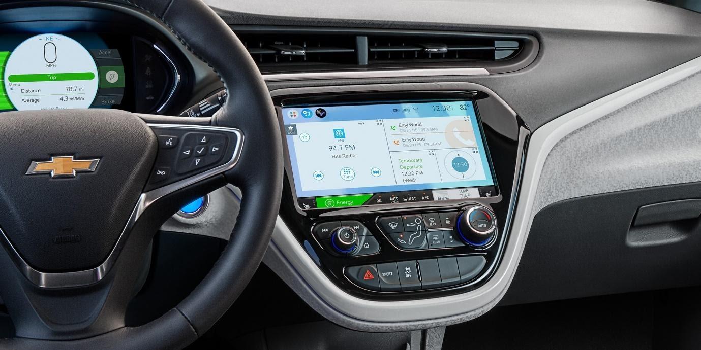 El interior es un escaparate de avanzada tecnología.