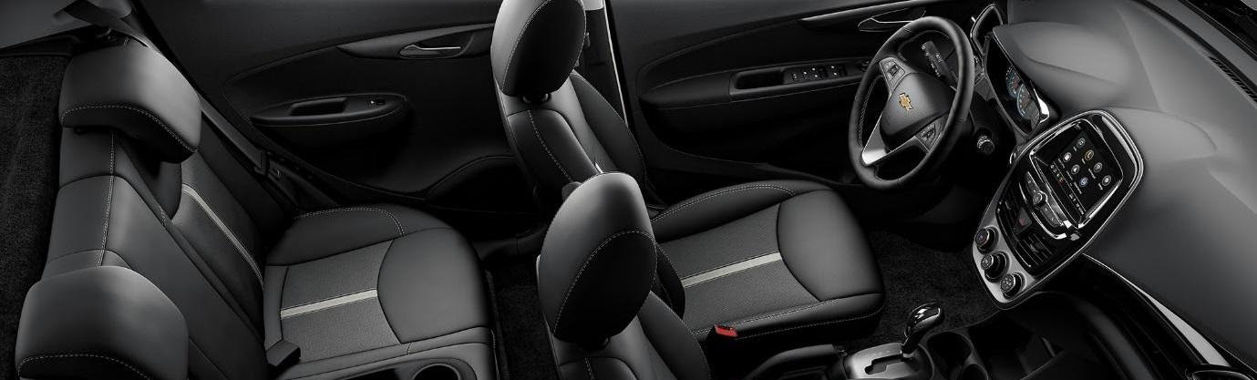 El Chevrolet Spark es un auto compacto pero cómodo para ti y para tus pasajeros.